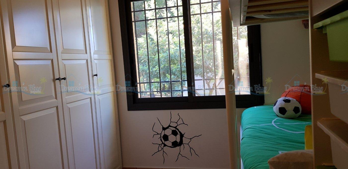 Villa for sale in Enguera